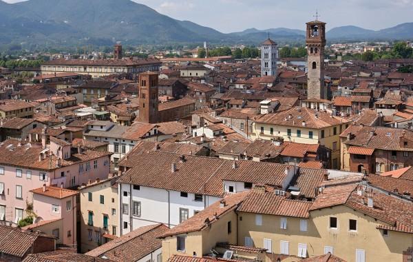 Tour di Lucca